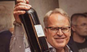 """Un tinto argentino fue elegido """"vino del año"""" entre los 100 mejores del mundo"""